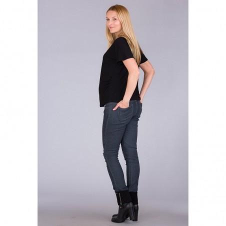 וינה ג'ינס ג'ינס
